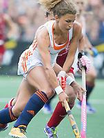 AMSTERDAM - Hockey - Maria Verschoor (Neth)   Interland tussen de vrouwen van Nederland en Groot-Brittannië, in de Rabo Super Serie 2016 .  COPYRIGHT KOEN SUYK