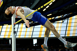 07-02-2010 ATLETIEK: NK INDOOR: APELDOORN<br /> Nederlands kampioen hoogspringen Jan Peter Larsen<br /> ©2010-WWW.FOTOHOOGENDOORN.NL