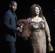 14 June 2010- Harlem, New York- l to r: Jamie Foxx and Aretha Franklin at The Apollo Theater's 2010 Spring Benefit and Awards Ceremony hosted by Jamie Foxx inducting Aretha Frankilin and Michael Jackson, and honoring Jennifer Lopez and Marc Anthony co- sponsored by Moet et Chandon which was held at the Apollo Theater on June 14, 2010 in Harlem, NYC. Photo Credit: Terrence Jennngs/Sipa