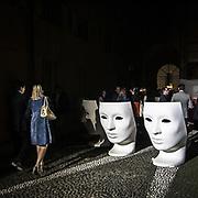 Il FuoriSalone 2010 nelle vie di centrali Milano, Via Manzoni show room Artemide.