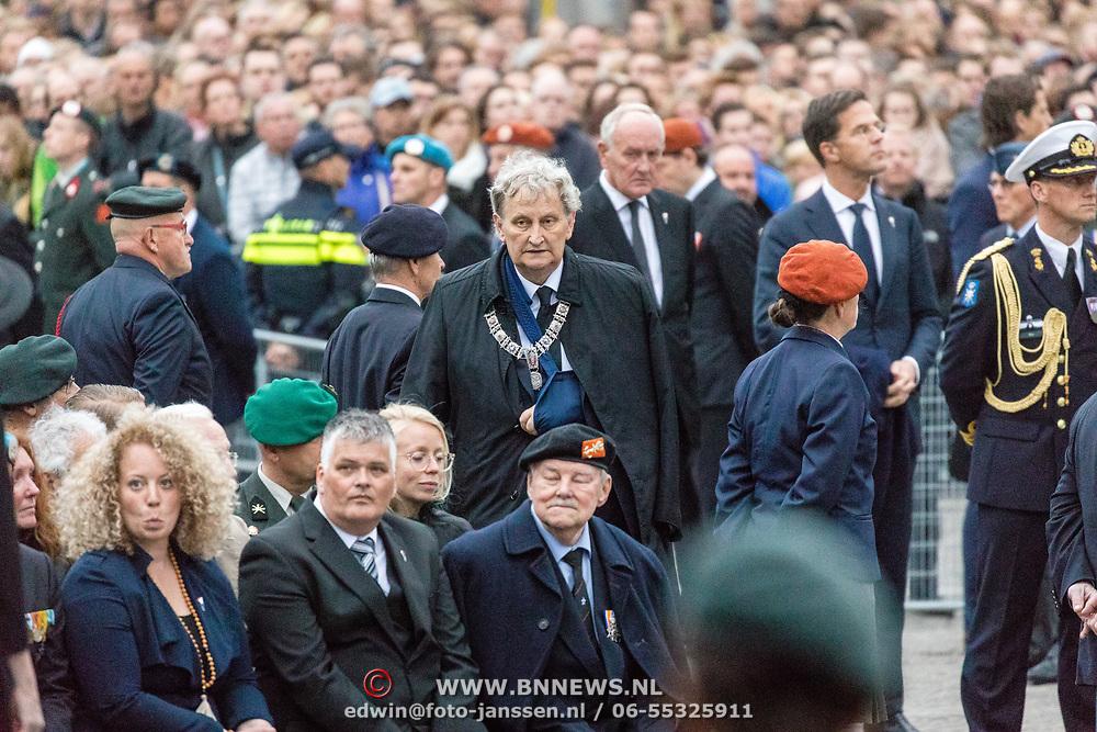 NLD/Amsterdam/20170504 - Nationale Herdenking 2017, burgemeester Eberhard van der Laan