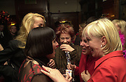 Jerry Hall, Eve Ensler, Zoe Wannamaker, Ruby Wax and Sally green. The Vagina Monologues first night at the New Ambassador Theatre and afterwards at the ivy. © Copyright Photograph by Dafydd Jones 66 Stockwell Park Rd. London SW9 0DA Tel 020 7733 0108 www.dafjones.com
