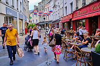 France, Manche (50), Cherbourg-Octeville, rue des portes // France, Normandy, Manche department, Cherbourg-Octeville, rue des portes street