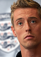 Photo: Paul Thomas.<br /> England Press Conference. 01/06/2006.<br /> <br /> Peter Crouch.