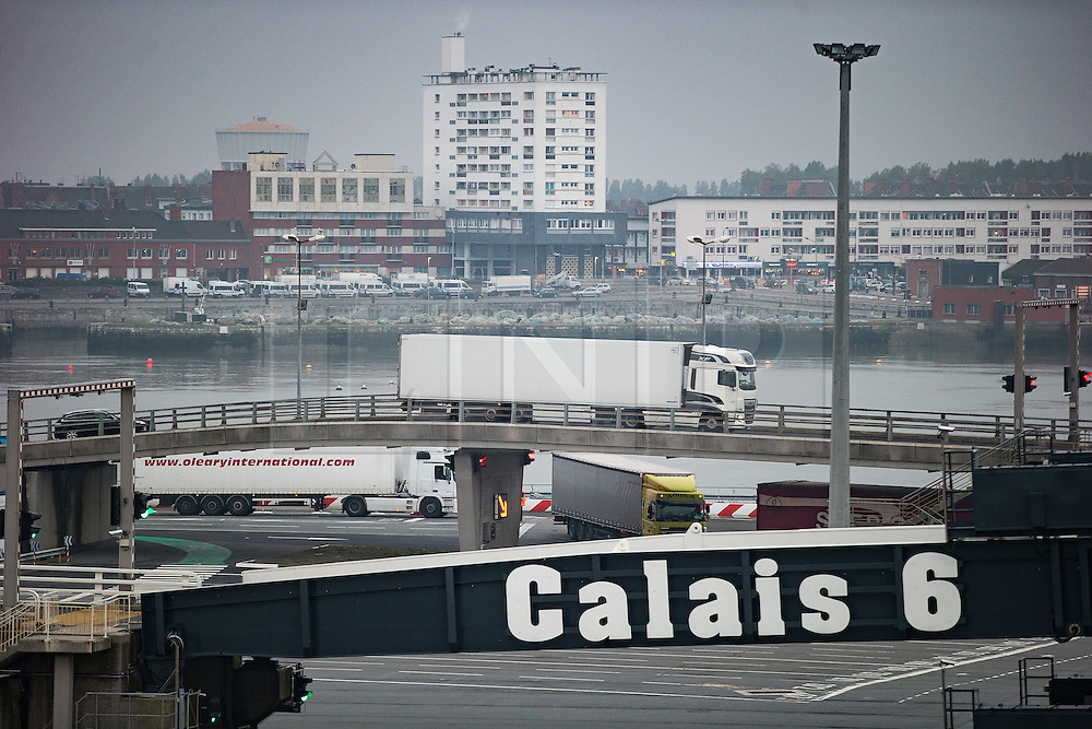 © Licensed to London News Pictures . 24/10/2016 . Calais , France . General View of lorries loading on and off ferries at The Port of Calais , Northern France . Photo credit: Joel Goodman/LNP