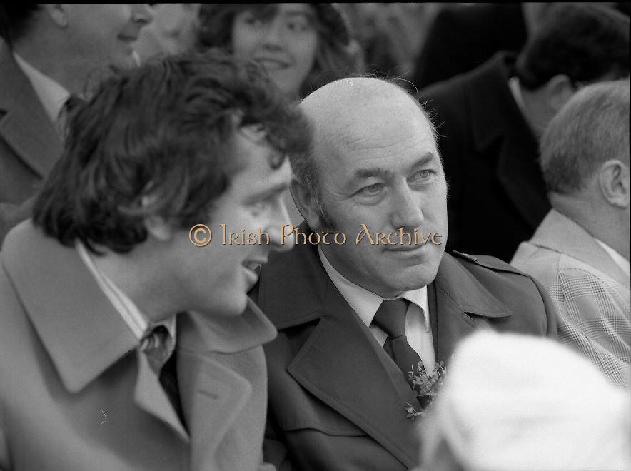 St Patrick's Day Parade.1982.17/03/1982.03.17.1982.17th March 1982..Picture taken as Mr Bertie Ahearn discusses the parade with a colleague