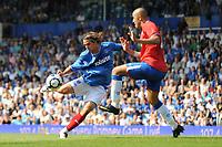 Fotball<br /> England<br /> 08.08.2009<br /> Foto: Fotosports/Digitalsport<br /> NORWAY ONLY<br /> <br /> Niko Kranjcar (Portsmouth) shoots <br /> 08.08.09 Portsmouth v Rangers Fratton Park