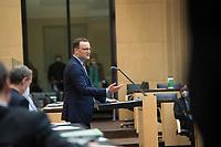 """DEU, Deutschland, Germany, Berlin, 22.04.2021: Bundesgesundheitsminister Jens Spahn (CDU) bei einer Rede während der Sondersitzung des Bundesrats. Nach dem Beschluss des Bundestags hat auch der Bundesrat die Änderung des Infektionsschutzgesetzes (bundesweite Corona-""""Notbremse"""") passieren lassen."""