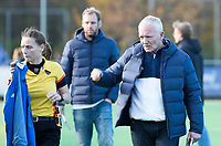 AMSTELVEEN -  Wageningen coach Adinda Boeren.  . Pinoke-Wageningen (2-0)  , Overgangsklasse hockey dames. COPYRIGHT KOEN SUYK