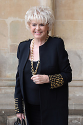 Gloria Hunniford  beim Gedenkgottesdienst f¸r Terry Wogan im Westminster Abbey in London / 270916<br /> <br /> ***Memorial service for Terry Wogan at Westminster in London, September 27th, 2016***