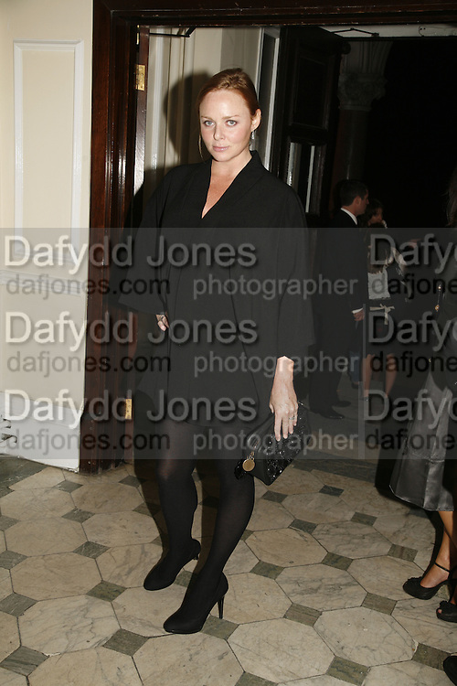 Stella McCartney, Established and Sons celebrate the launch of a Red Production 'Aqua Table' by Zaha Hadid. ( Profits from Sales will go to Red Campaign HIV treatment in Africa) Grosvenor Place. London. 23 September 2006.  ONE TIME USE ONLY - DO NOT ARCHIVE  © Copyright Photograph by Dafydd Jones 66 Stockwell Park Rd. London SW9 0DA Tel 020 7733 0108 www.dafjones.com