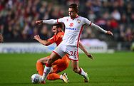 Alex Gilbey of MK Dons in action .EFL Skybet football league one match, MK Dons v Northampton Town at the Stadium MK in Milton Keynes on Tuesday 26th September 2017.<br /> pic by Bradley Collyer, Andrew Orchard sports photography.