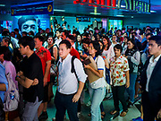 02 NOVEMBER 2018 - BANGKOK, THAILAND: The crowd in MRT Sukhmvit station during Friday evening rush hour. The MRT is Bangkok's subway system.      PHOTO BY JACK KURTZ