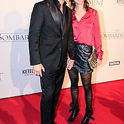 NLD/Rotterdam/20121218 - Premiere het Bombardement , Victor Reinier en partner Aimee Kiene