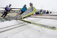 Hopp<br /> Hoppuka<br /> FIS World Cup<br /> Garmisch-Partenkirchen Tyskland<br /> 31.12.2011<br /> Foto: Gepa/Digitalsport<br /> NORWAY ONLY<br /> <br /> FIS Weltcup der Herren, Vierschanzen-Tournee, Training und Qualifikation. <br /> <br /> Bild zeigt Thomas Morgenstern (AUT) und Anders Bardal (NOR).
