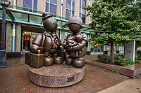 """""""Immigrant Family"""" Sculpture by Tom Otterness, Harbourfront"""