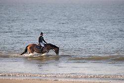 Sweetnam Shane, IRL, Don't Touch Du Bois<br /> Beach ride on the Sunday morning<br /> La Baule 2018<br /> © Hippo Foto - Tiffany Van Halle<br /> 20/05/2018
