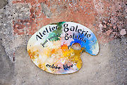 Atelier Galerie Jean Michel Galatrin artisan artist paint palette advertising art gallery in Bourdeilles, Dordogne, France