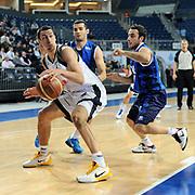 Fenerbahce Ulker's Roko Leni UKIC (L) during their Turkish Basketball league match Fenerbahce Ulker between Turk Telekom at Sinan Erdem Arena in Istanbul, Turkey, Friday, January 14, 2011. Photo by TURKPIX