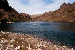 Colorado River below Hoover Dam on border of Arizona, AZ, Nevada, NV, Beach, sky, water, mountain, landscape, pristine, image nv437-18501.Photo copyright: Lee Foster, www.fostertravel.com, lee@fostertravel.com, 510-549-2202