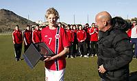 Fotball<br /> Turnering G17 / Tournament U17<br /> Norge v Danmark 1:0<br /> Norway v Denmark 1:0<br /> 07.02.2013<br /> Foto: Morten Olsen, Digitalsport<br /> <br /> Morten Thorsby (7) - Norway / Stabæk reciving the throphy as the best player in the tournament from Nils Johan Semb NFF