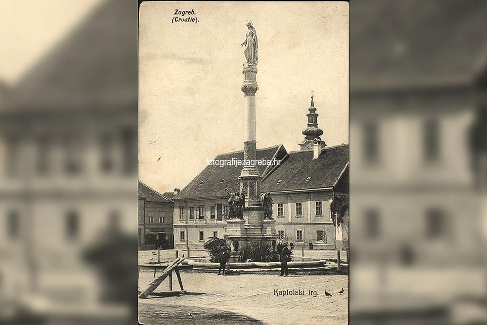 Zagreb (Croatie) : Kaptolski trg. <br /> <br /> Impresum[Zagreb] : [Svetlotiskarski zavod R. Mosinger], 1907.<br /> Materijalni opis1 razglednica : tisak ; 8,9 x 13,5 cm.<br /> NakladnikSvjetlotiskarski zavod R. Mosinger<br /> Vrstavizualna građa • razglednice<br /> ZbirkaGrafička zbirka NSK • Zbirka razglednica<br /> ProjektPozdrav iz Hrvatske • Pozdrav iz Zagreba<br /> Formatimage/jpeg<br /> PredmetZagreb –– Kaptol<br /> SignaturaRZG-KAP-23<br /> Obuhvat(vremenski)20. stoljeće<br /> NapomenaRazglednica je putovala 1908. godine.<br /> PravaJavno dobro<br /> Identifikatori000955335<br /> NBN.HRNBN: urn:nbn:hr:238:048829 <br /> <br /> Izvor: Digitalne zbirke Nacionalne i sveučilišne knjižnice u Zagrebu