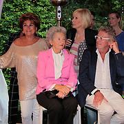NL/Blaricum/20110915 - Lancering single Gordon & Los Angeles The Voices en CVSTOS watches, Kristine Kronenberg met haar moeder