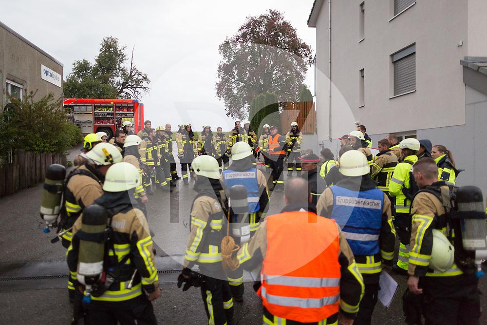 SCHWEIZ - EGLISWIL - Feuerwehrübung der Feuerwehr Seon-Egliswil in der Klinik für Suchttherapie - 18. August 2017 © Raphael Hünerfauth - http://huenerfauth.ch