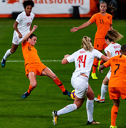 09-11-2018 NED: UEFA WC play-off final Netherlands - Switzerland, Utrecht<br /> European qualifying for the 2019 FIFA Women's World Cup - Sherida Spitse #8 of Netherlands