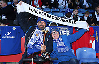 Leicester City's Fan pays there respect to Vichai Srivaddhanaprabha<br /> <br /> <br /> Photographer Rachel Holborn/CameraSport<br /> <br /> The Premier League - Saturday 10th November 2018 - Leicester City v Burnley - King Power Stadium - Leicester<br /> <br /> World Copyright © 2018 CameraSport. All rights reserved. 43 Linden Ave. Countesthorpe. Leicester. England. LE8 5PG - Tel: +44 (0) 116 277 4147 - admin@camerasport.com - www.camerasport.com
