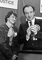 Progressive Democrats Candidates for Dublin South, Anne Colley daughter of the late TD George Colley with d<br /> Deputy Leader of the PD Michael Keating at the convention in the IMI Sandyford, 15/10/1986 (Part of the Independent Newspapers Ireland/NLI Collection).
