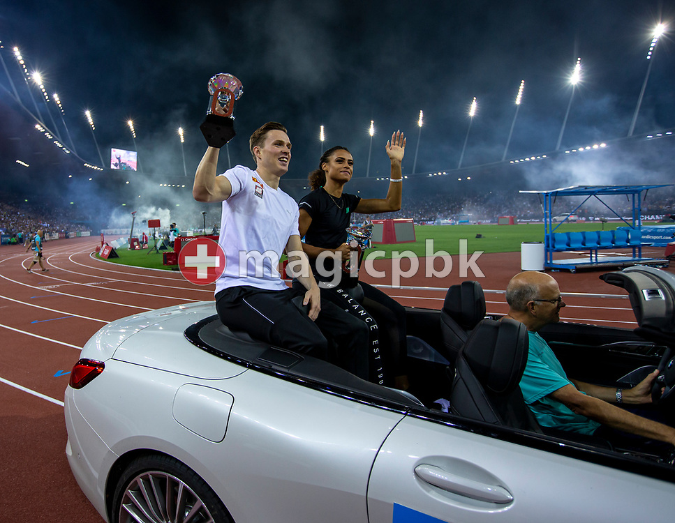 Karsten WARHOLM (L) of Norway and Sydney McLaughlin of the United States of America (USA) on their lap of honor after winning in the Men's / Women's 400m Hurdles during the Iaaf Diamond League meeting (Weltklasse Zuerich) at the Letzigrund Stadium in Zurich, Switzerland, Thursday, Aug. 29, 2019. (Photo by Patrick B. Kraemer / MAGICPBK)