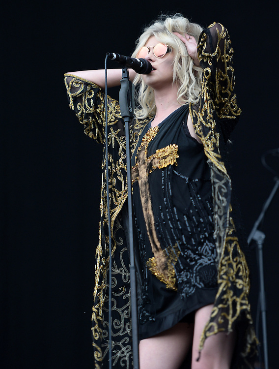 Download Festival    <br />  The Pretty Reckless  Taylor Momsen (lead vocals<br /> Pix Dave Nelson
