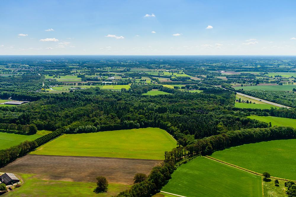 Nederland, Gelderland, Achterhoek, 29-05-2019; landschap van de Achterhoek ten oosten Doetinchem.<br /> Landscape of the Achterhoek east of Doetinchem.<br /> <br /> luchtfoto (toeslag op standard tarieven);<br /> aerial photo (additional fee required);<br /> copyright foto/photo Siebe Swart