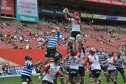Johannesburg. 15-09-18 Emirates Airline Park. Rugby Currie Cup.  Lions vs Western Province(WP). WP Ernst van Rhyn and Marvin Orie (capt) are supported in a line out during the second half. <br /> Picture: Karen Sandison/African News Agency(ANA)