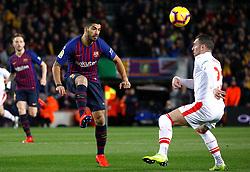 BARCELONA, Jan. 14, 2019  SP)SPAIN-BARCELONA-SOCCER-LA LIGA-BARCELONA VS EIBAR.    Barcelona's Luis Suarez (C) vies with Eibar's Anaitz?Arbilla (R).    during a Spanish league match between FC Barcelona and SD Eibar in Barcelona, Spain, on Jan. 13, 2019. FC Barcelona won 3-0. (Credit Image: © Joan Gosa/Xinhua via ZUMA Wire)