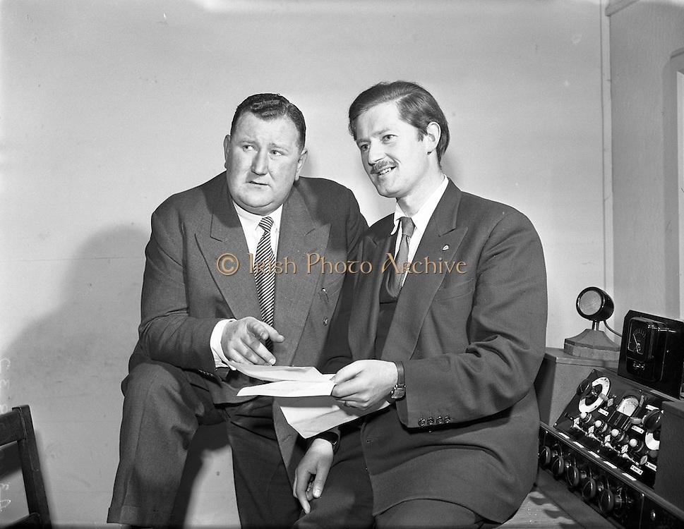 """Din Joe/Denis Fitzgibbon in Take the Floor.11/04/1957..Din Joe or Denis Fitzgibbon a comedian and compere of RTE's """"Take the Floor"""""""