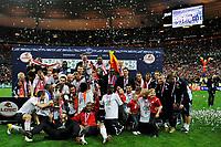 FOOTBALL - FRENCH CUP 2010/2011 - FINAL - PARIS SAINT GERMAIN v LILLE OSC - 14/05/2011 - PHOTO GUY JEFFROY / DPPI - CELEBRATION LILLE