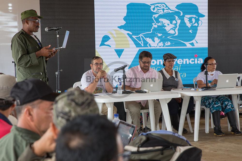 El Diamante, Meta, Colombia - 19.09.2016        <br /> <br /> On the third day of the FARC conference media representatives were able to photograph and film five minutes in the discussion area. The discussions of the conference held in a non-public context, in a zone where otherwise only delegates have access.  The  of the 10th conference of the marxist FARC-EP in El Diamante, a Guerilla controlled area in the Colombian district Meta. Few days ahead of the peace contract passing after 52 years of war with the Colombian Governement wants the FARC decide on the 7-days long conferce their transformation into a unarmed political organization. <br /> <br /> Am zweiten Tag der FARC Konferenz konnten Medienvertreter 5 Minuten im Diskussionsbereich fotografieren und filmen. Die Gespraeche der Konferenz finden in einem nicht öffentlichen Rahmen statt, in einem Geländeteil zu dem ansonsten nur die Delegierten Zutritt haben. Zehnten Konferenz der marxistischen FARC-EP in El Diamante, einem von der Guerilla kontrollierten Gebiet im kolumbianischen Region Meta. Wenige Tage vor der geplanten Verabschiedung eines Friedensvertrags nach 52 Jahren Krieg mit der kolumbianischen Regierung will die FARC auf ihrer sieben taegigen Konferenz die Umwandlung in eine unbewaffneten politischen Organisation beschließen. <br />  <br /> Photo: Bjoern Kietzmann