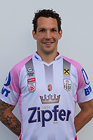 Download von www.picturedesk.com am 16.08.2019 (13:58). <br /> PASCHING, AUSTRIA - JULY 16: Emanuel Pogatetz of LASK during the team photo shooting - LASK at TGW Arena on July 16, 2019 in Pasching, Austria.190716_SEPA_19_037 - 20190716_PD12457