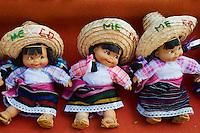Mexique, Etat du Quintana Roo, Riviera Maya, Cancun, zone hoteliere, artisanat, poupee maya // Mexico, Quintana Roo State, Riviera Maya, Cancun, hotel zone, craft shop, mayan doll