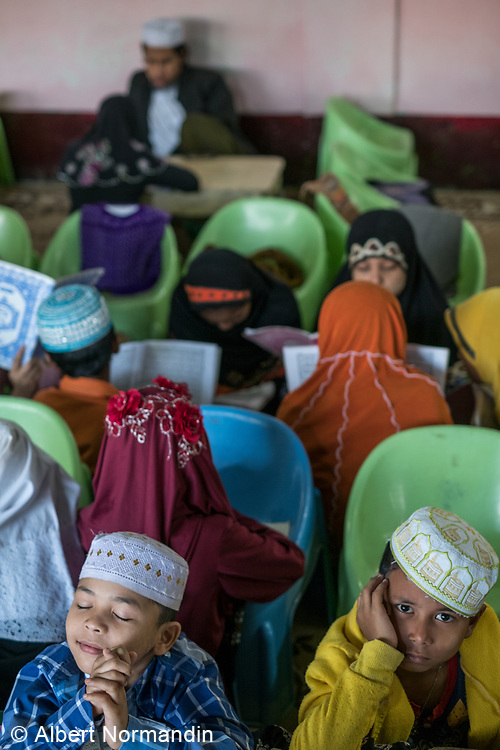 Muslim School students and teachers, Mawlamyine, Myanmar