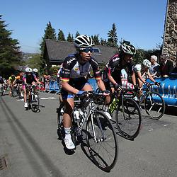 20-04-2016: Wielrennen: Waalse Pijl vrouwen: Huy    <br />HUY (BEL) cycling    <br />The Fleche Wallomne is the last springrace in the Womens Worldtour.  Peloton on the first climb Mur de Huy. Charlotte Becker