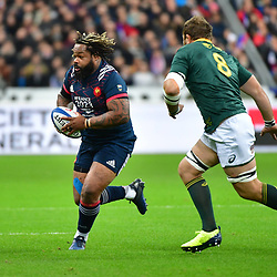 (L-R) Toulon club teammates Mathieu Bastareaud of France and Duane Vermeulen of South Africa during the test match between France and South Africa at Stade de France on November 18, 2017 in Paris, France. (Photo by Dave Winter/Icon Sport)