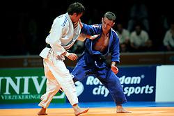 24-10-2008 judo nk heren rotterdam - jeroen mooren wordt nederlands kampioen door in de finale mikos salminen te  verslaan