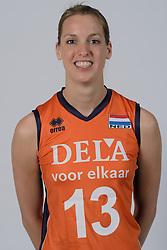 21-05-2014 NED: Selectie Nederlands volleybal team vrouwen, Arnhem<br /> Op Papendal werd het Nederlands team volleybal seizoen 2014-2015 gepresenteerd / Flore Gravesteijn