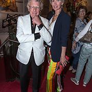 NLD/Amsterdam//20170625 - Premiere Geen paniek! , Jan des Bouvrie en partner Monique