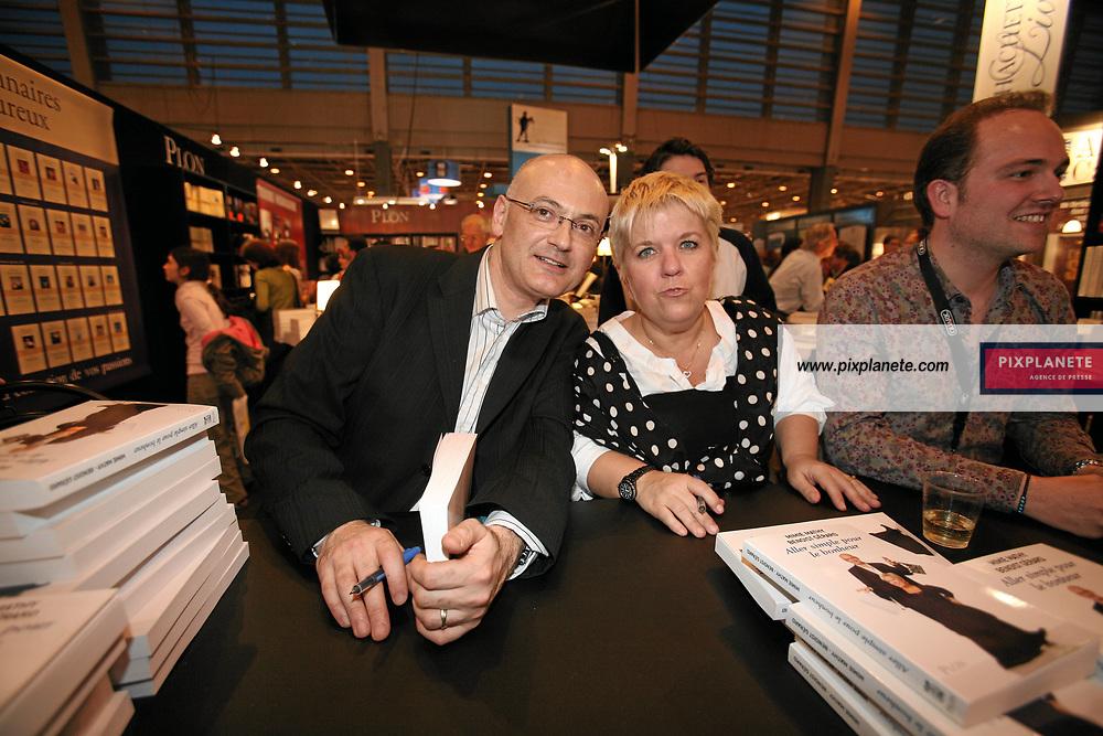 Mimie Mathy - Benoist Gerard - Salon du livre de Paris - 27/03/2007 - JSB / PixPlanete