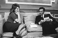 Sophia Loren, Italian movie star and Jean Louis Barrault famous french actor got together because Sophia was asked whom she would like to meet , she suggested Jean Louis Barrault whom she'd never met.<br /> <br /> <br /> Sophia Loren , star de cinéma italien et Jean Louis Barrault célèbre acteur français se sont réunis parce que Sophia a demandé qui elle aimerait rencontrer , elle a suggéré Jean Louis Barrault qu'elle avait jamais rencontré.