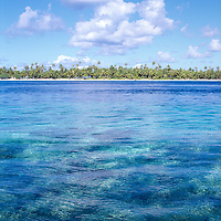 ocean view of islet at Rangiroa Atoll in the Tuamotu Archipelago, Polynesia